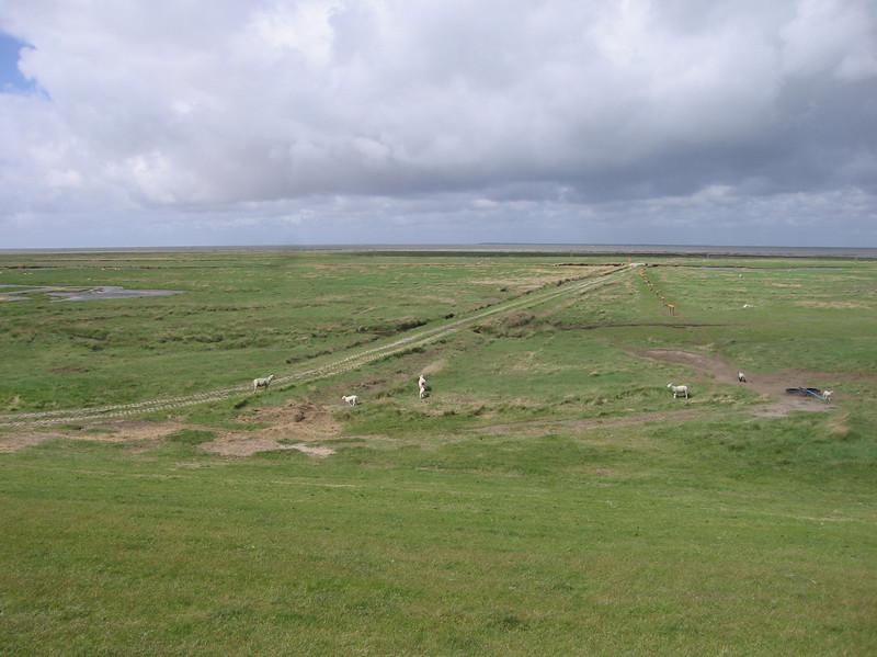 Aan de horizon het eiland Mando