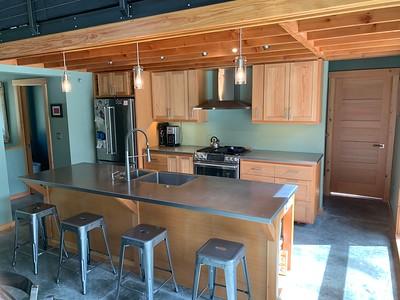 2020.04.10 Kitchen cabinets