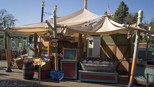 Disneyland Resort, Disneyland, Frontierland, Big Thunder Mountain Railroad, Big Thunder, Fruit Cart, Fruit, Cart