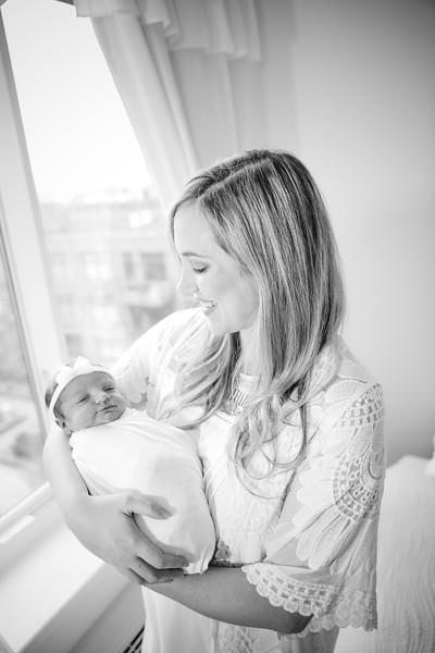 bw_newport_babies_photography_hoboken_at_home_newborn_shoot-4954.jpg