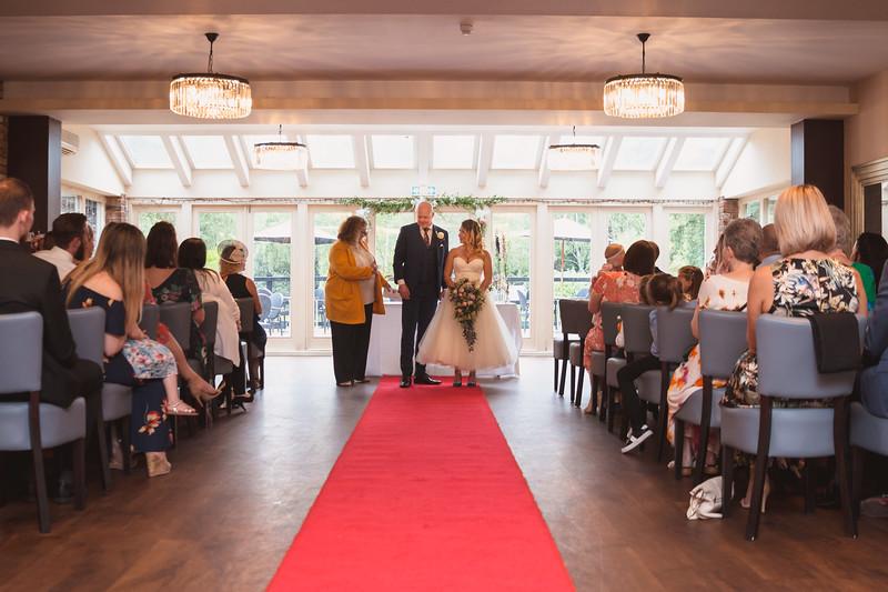 Sam_and_Louisa_wedding_great_hallingbury_manor_hotel_ben_savell_photography-0098.jpg