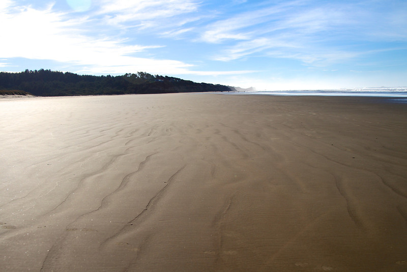 This shows how barren the beaches were on Xmas.  We were in heaven!!