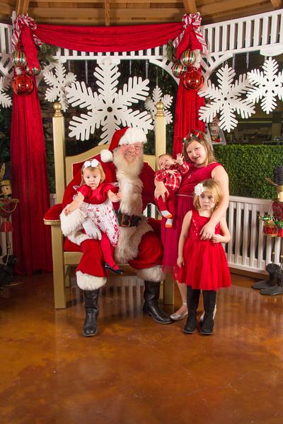 Santa 12-16-17-103.jpg
