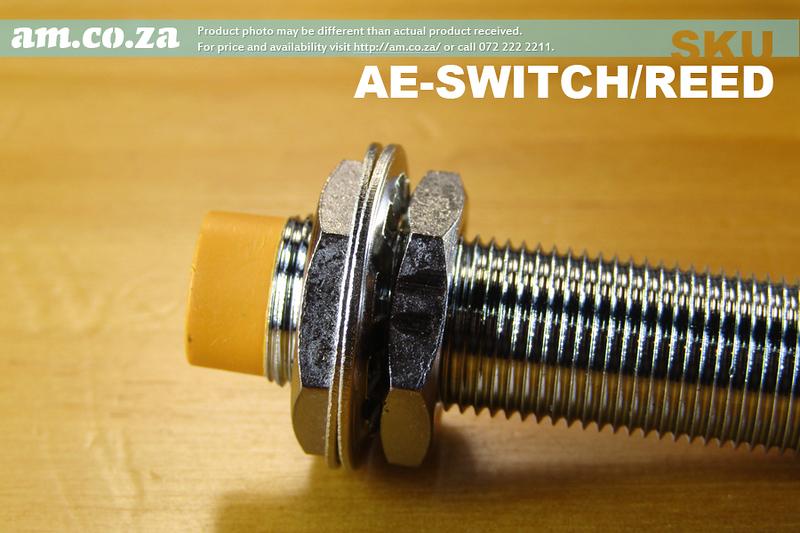 Plug-side.jpg