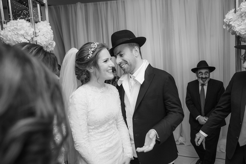 Miri_Chayim_Wedding_BW-602.jpg