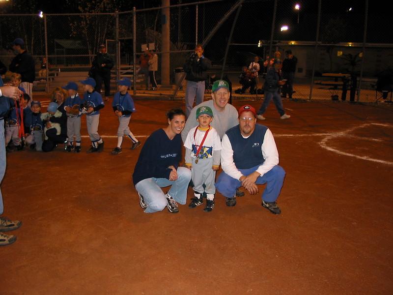 t-ball 2003-18.JPG