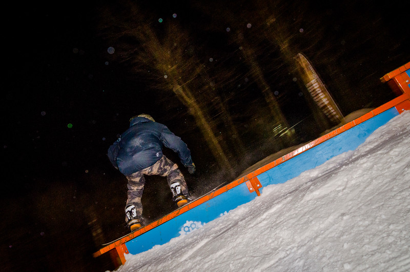 Nighttime-Rail-Jam_Snow-Trails-97.jpg