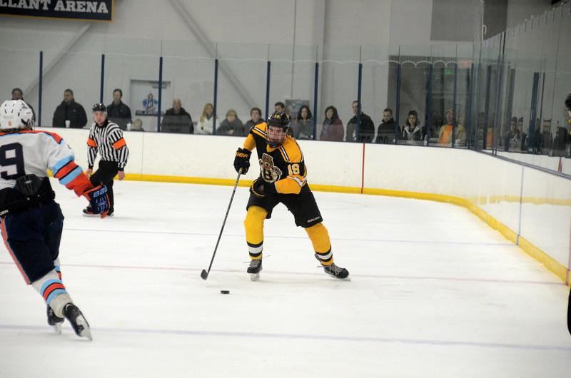 141122 Jr. Bruins Hockey-030.JPG