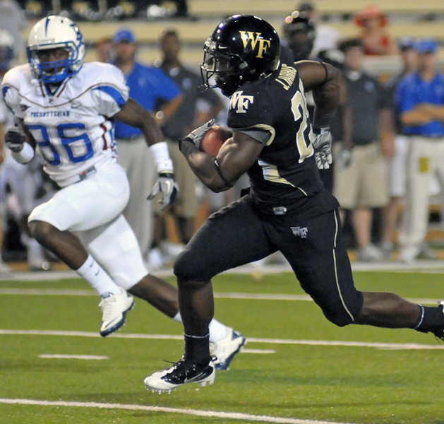Josh Harris TD run.jpg
