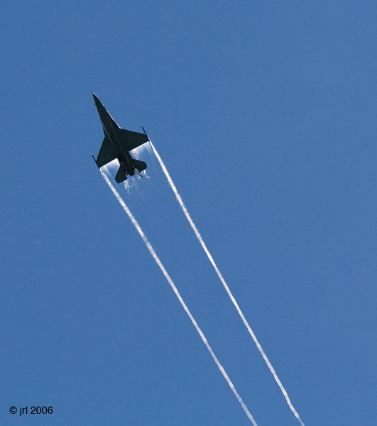 /Users/johnlanham/Pictures/Air & Water Show/Worked/Web/IMG_4447.jpg