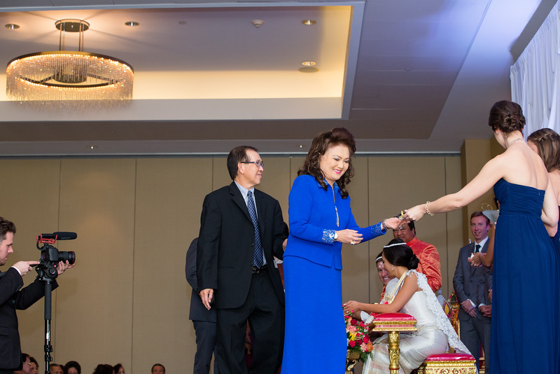 Le Cape Weddings - Drew and Lynna Rosemont Convention Schaumburg_-277.jpg