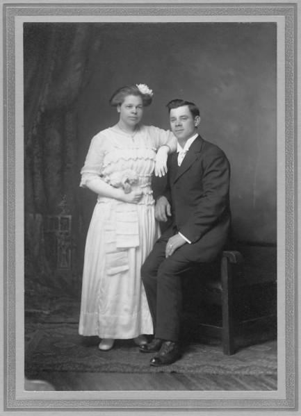 Ella and Andrew Carlson