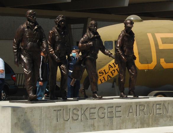 Tuskegee Statue Dedication