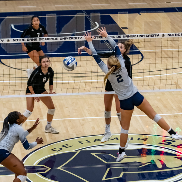 HPU vs NDNU Volleyball-71975.jpg