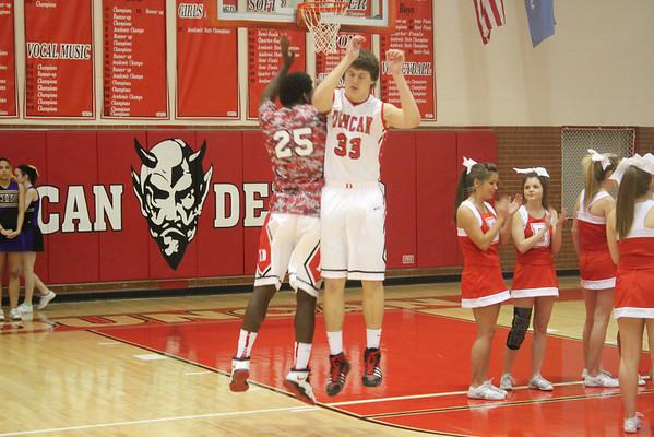 Duncan boys hoops vs Chickasha