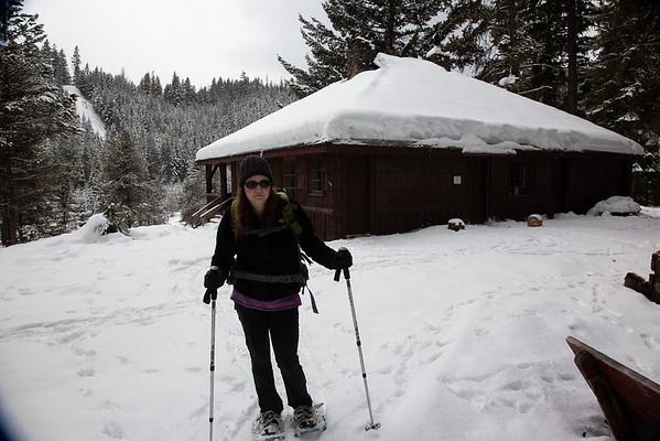 2019-03-08 Snowshoeing on Chinook Pass: American Ridge Ski Bowl