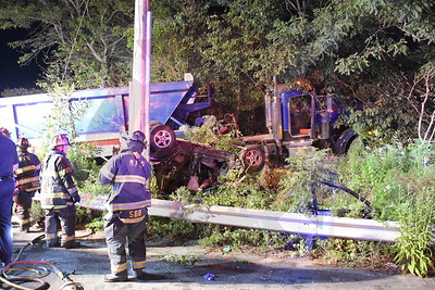 Melville F.D. MVA W/ Overturn and Entrapment   Broadhollow Rd. and  the L.I.E. North Service Rd.  8/1/17