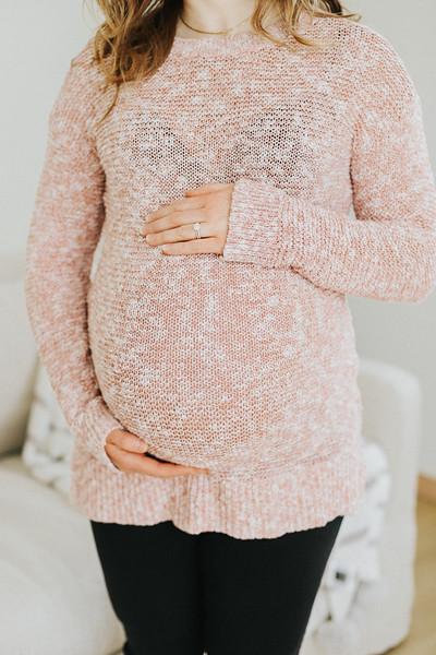 Schrank Maternity-1.jpg