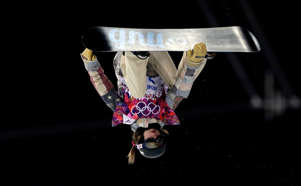 . United States\' Kaitlyn Farrington competes during the women\'s snowboard halfpipe final at the Rosa Khutor Extreme Park, at the 2014 Winter Olympics, Wednesday, Feb. 12, 2014, in Krasnaya Polyana, Russia. (AP Photo/Felipe Dana)