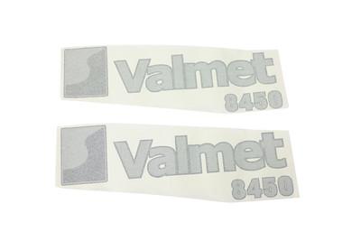 VALMET 8450 SERIES BONNET DECAL SET