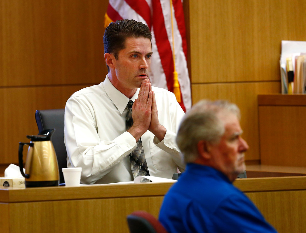 . Dr. Kevin Horn, of the Maricopa County Medical Examiner office testifies on Wednesday, May 15, 2013 during the sentencing phase of the Jodi Arias trial at Maricopa County Superior Court in Phoenix. If the jury finds aggravating factors in her crime, Arias could be sentenced to death. J  P  (AP Photo/The Arizona Republic, Rob Schumacher, Pool)