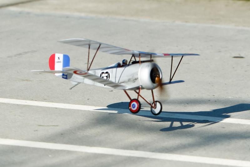 FZ_Nieuport17_01.jpg