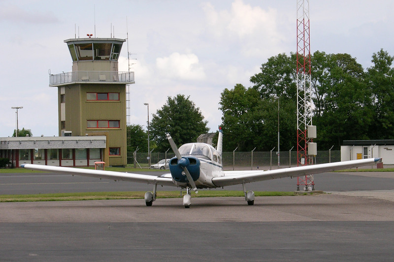 OY-TFK-PiperPA-28-151Warrior-Private-EKOD-2006-08-03-DSCN1398-KBVPCollection.JPG