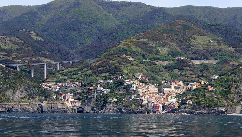 Italy-Cinque-Terre-Riomaggiore-26.JPG
