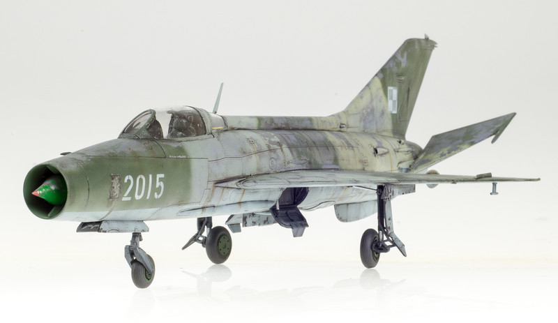 Trumpeter MiG-21F-13 04-27-14-1.jpg