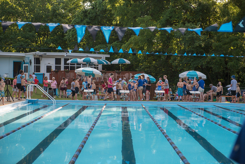 lcs_swimming_kevkramerphoto-002.jpg