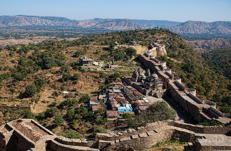 20111117_aravalli mountains kumbhalgarh_3544.jpg