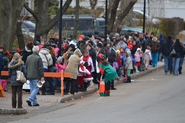 Bergenfield, NJ - Holiday In The Park 2012