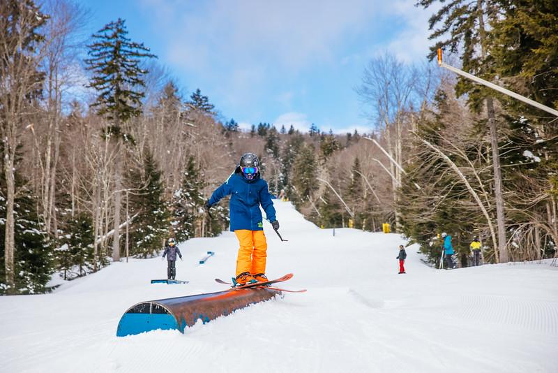 2021-02-15_SN_KS_Ski School Snowtracks-5920.jpg