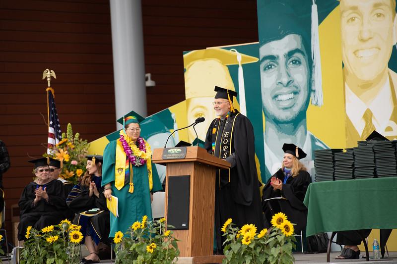Graduation-2018-2013.jpg