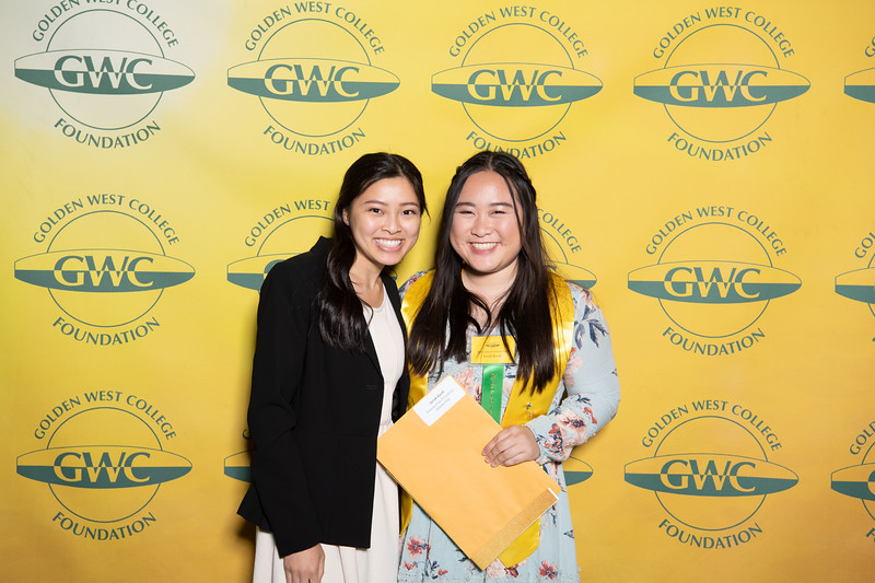 Scholarships-Awards-2019-0610.jpg