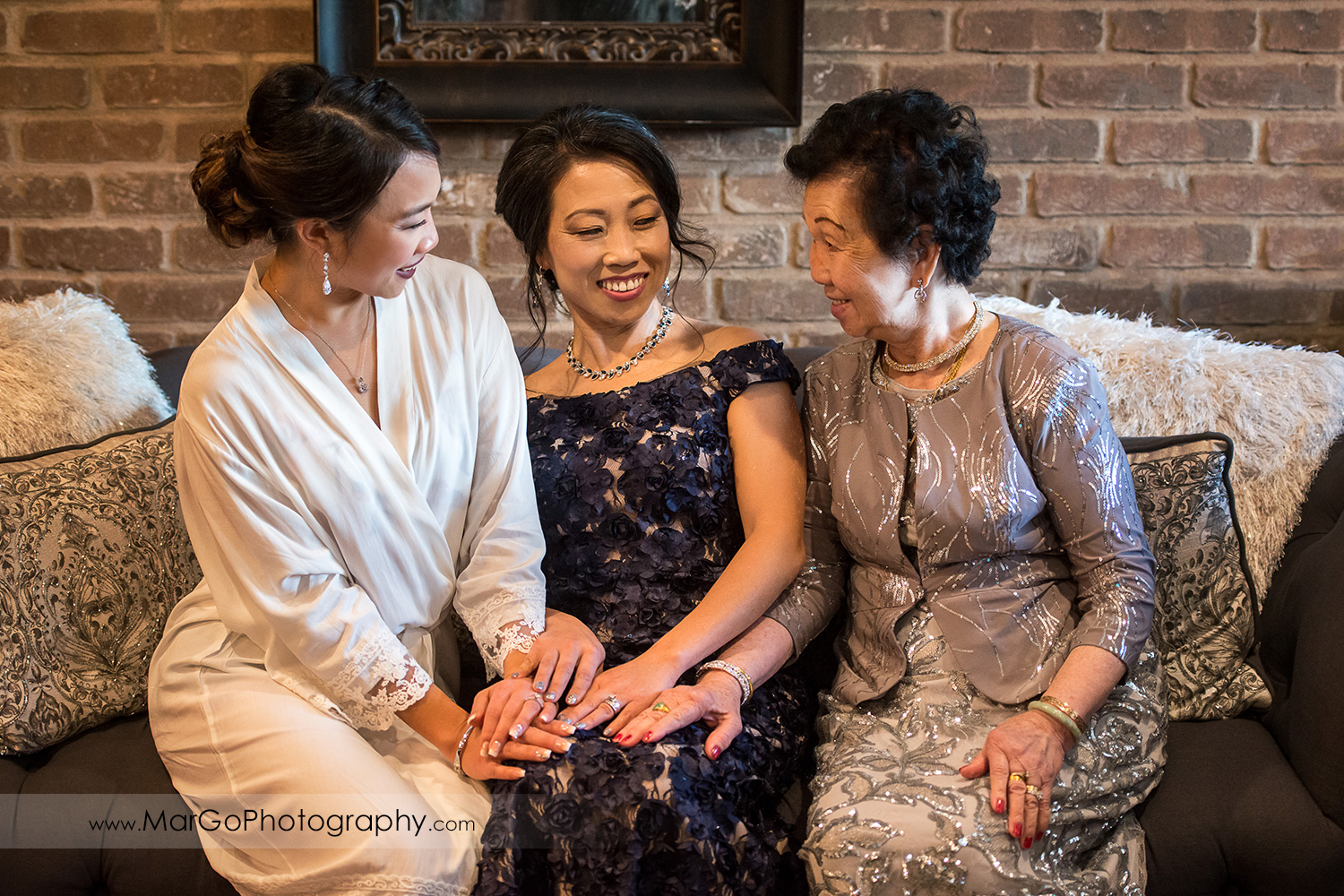 bride with her mom and grandmother at Sunol's Casa Bella bridal suite