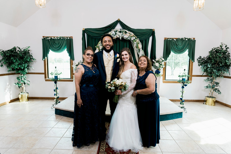 melissa-kendall-beauty-and-the-beast-wedding-2019-intrigue-photography-0208.jpg