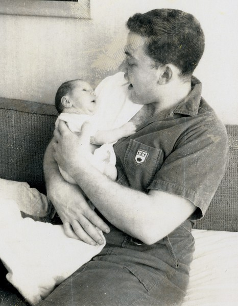 1966 020 Bob Feeding Bryan (1 wk).jpg