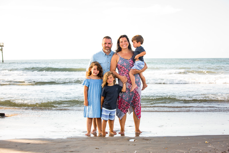 Family beach photos-56.jpg