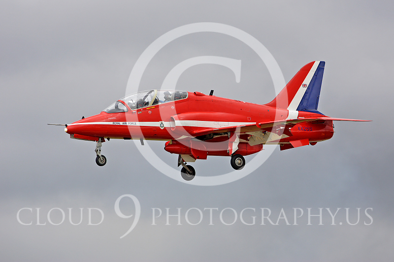 Red Arrows 00004 BAE Hawk British RAF Red Arrows by Peter J Mancus.JPG