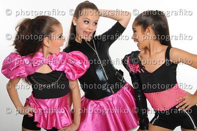 pk2053 Trio Ariadne,Camila,Isabela