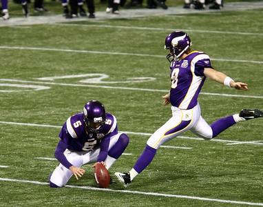 MN Vikings vs Buffalo Bills (Dec 5, 2010)