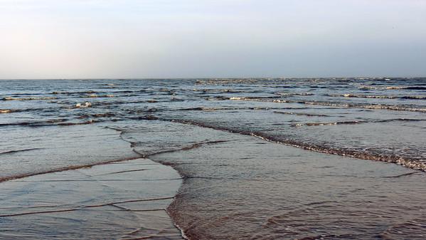 December 25:  Sandbar part 2 .  .  .