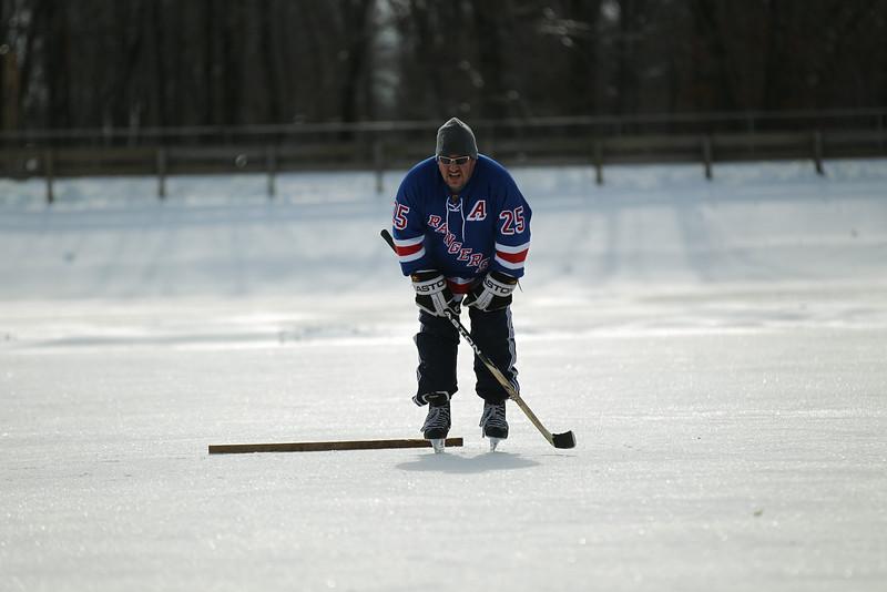 20140208_EMCphotography_PondHockeyCongersLakeNY-34.jpg