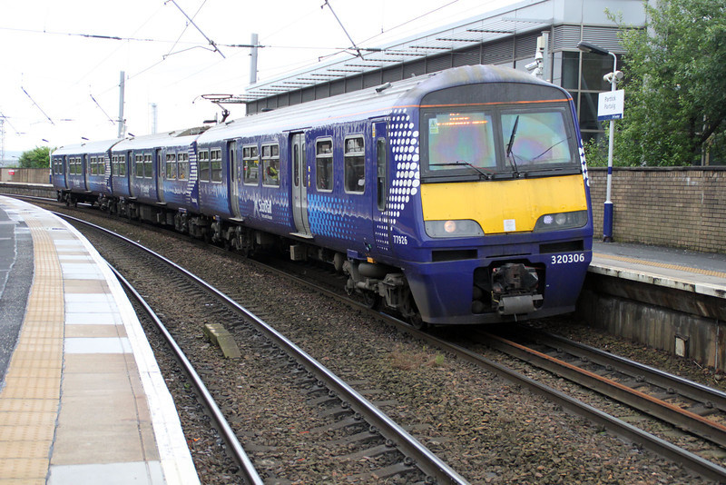 320306 at Partick  03/07/12