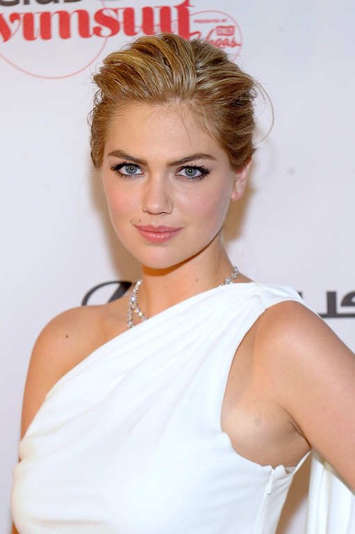. LAS VEGAS, NV - FEBRUARY 14:  SI Swimsuit Model Kate Upton attends Club SI Swimsuit at 1 OAK Nightclub at The Mirage Hotel & Casino on February 14, 2013 in Las Vegas, Nevada.  (Photo by Michael Loccisano/Getty Images for Sports Illustrated)