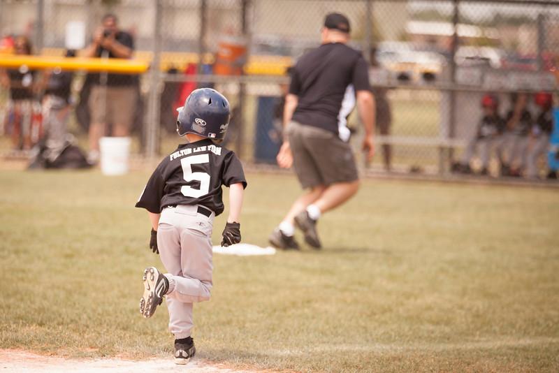 Younger Baseball-100.jpg