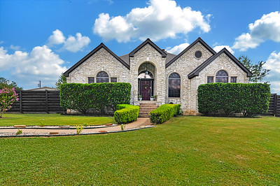 Real Estate Photography - 210 Morningside Circle, Hutto, Texas