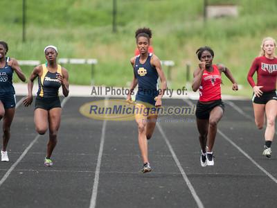 D2 Girls 200M Finals - 2013 MHSAA LP Track and Field Finals