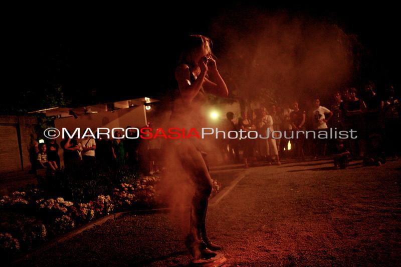 0155-ZooArt-03-2012.jpg